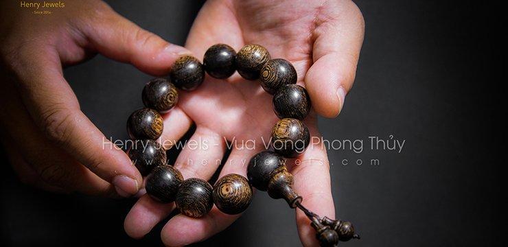Vòng đeo tay 13 hạt có ý nghĩa gì