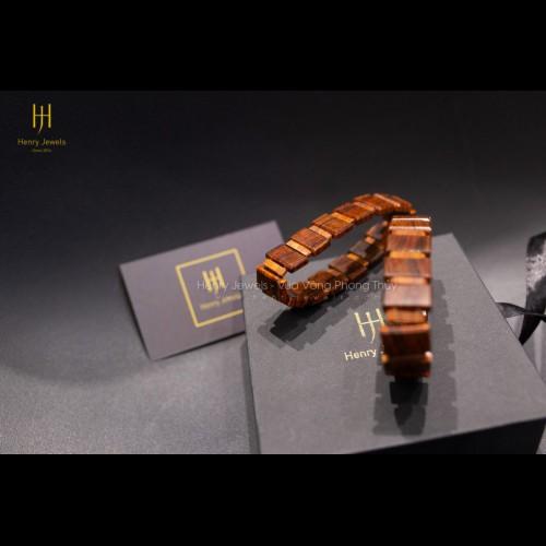 Vòng gỗ Sưa Đỏ Việt Nam dáng lắc bản Vâp VIP