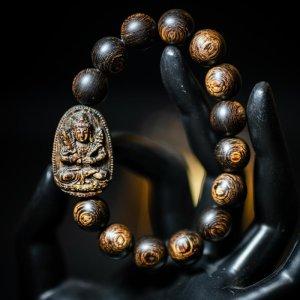 Vòng Trầm Hương Sánh Chìm Nước Dầu Vàng Mix Mặt Phật Hư Không Tạng Bồ Tát