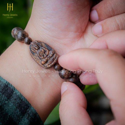 Vòng Trầm Hương Sánh Chìm Nước Dầu Vàng Mix Mặt Phật Thích Ca Mâu Ni