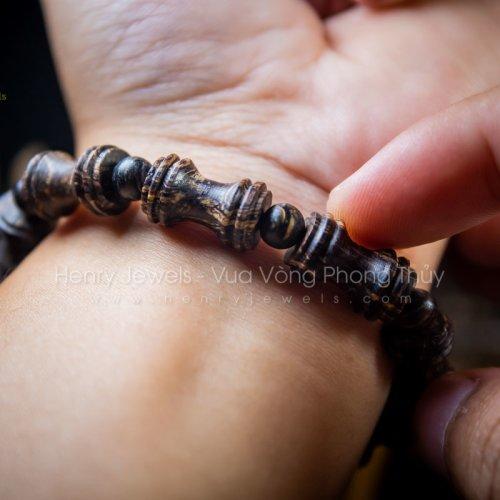 Vòng Trầm Hương Sánh Chìm Nước Vân Xoáy Đốt Trúc Phật Bà